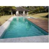 construção de piscina em alvenaria estrutural