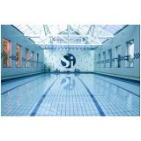 construção de piscina profissional